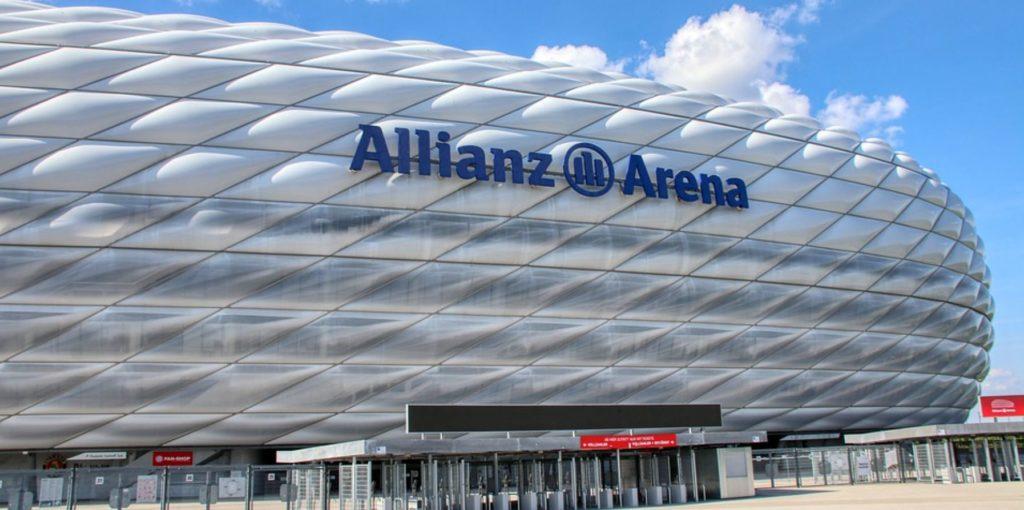 München sehen: Allianz Arena Außen