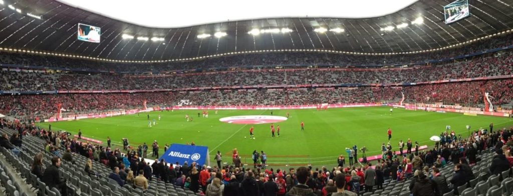 München sehen: Allianz Arena Fußball-Spiel FC Bayern